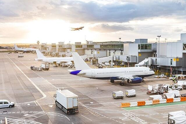 Managing access and authorities at airports